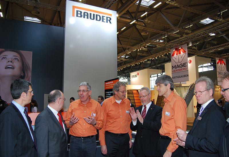 paul bauder gmbh co kg gro er ansturm bei bauder in k ln. Black Bedroom Furniture Sets. Home Design Ideas